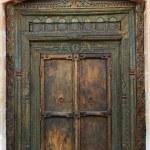 Ancient eastern indian wooden door — Stock Photo