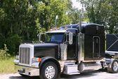 Caminhão americano com aço stainelss — Fotografia Stock