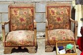 Armchairs couple on fair market outdoor vintage — Stock Photo
