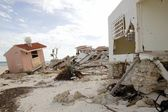 Cancun houses after hurricane storm — Stock Photo