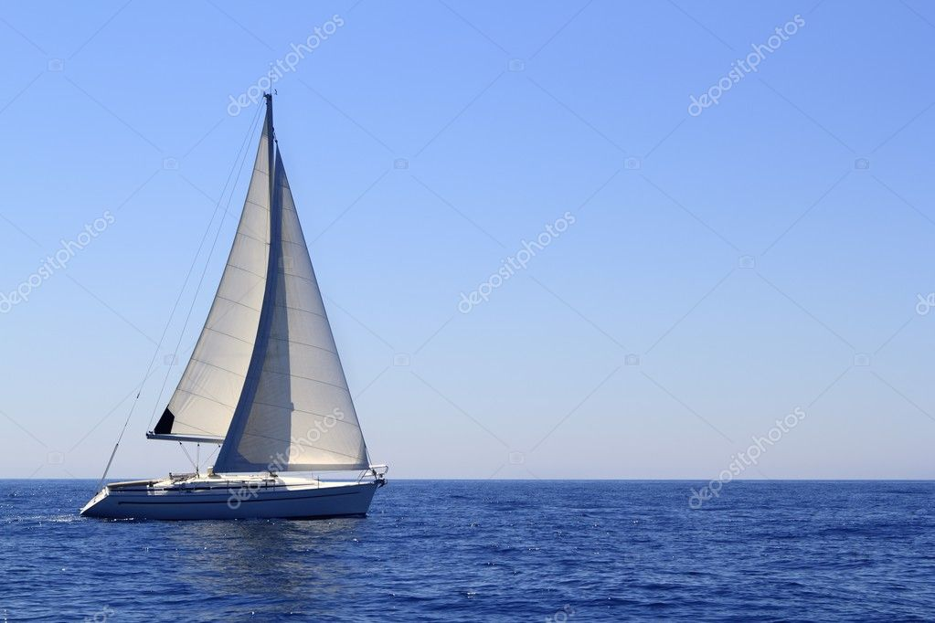 Beautiful sailboat sailing sail blue Mediterranean sea ocean horizon — Stock Photo #5506213