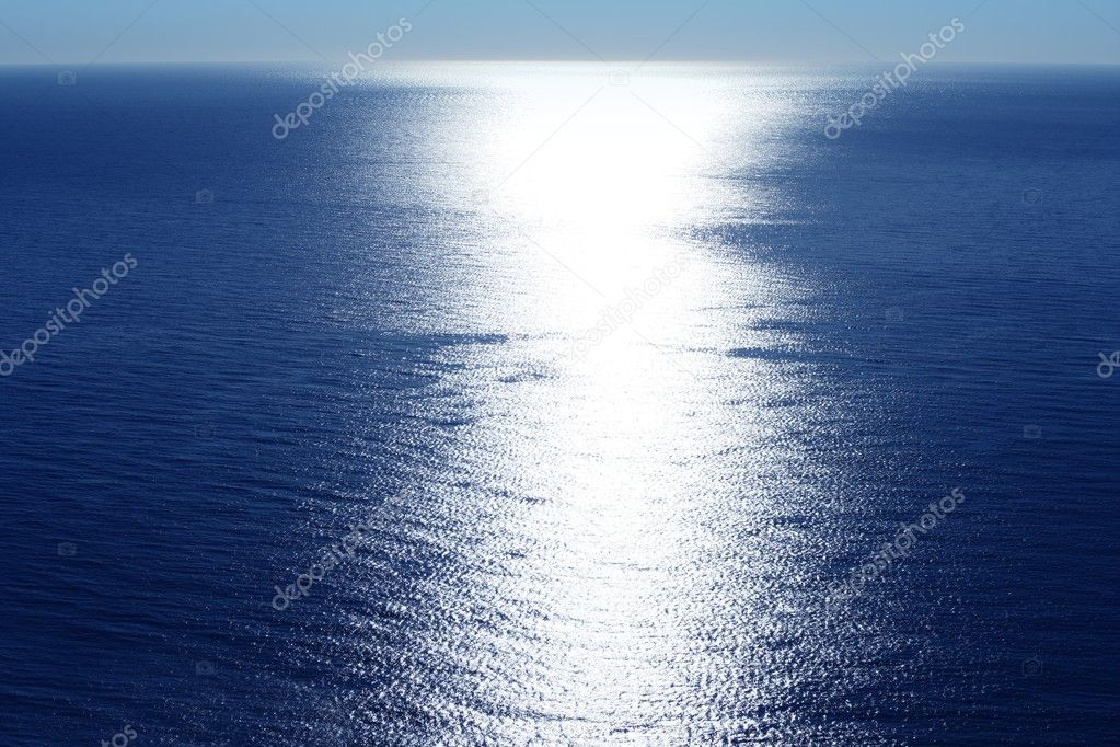 Blue sky horizon bird view with sun reflexion white line — Stock Photo #5506364