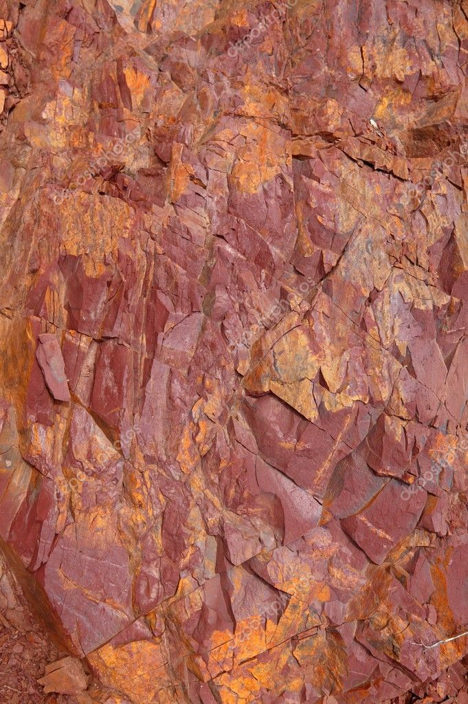 Natural mountain with red rodeno stone texture pattern — Stock Photo #5507792