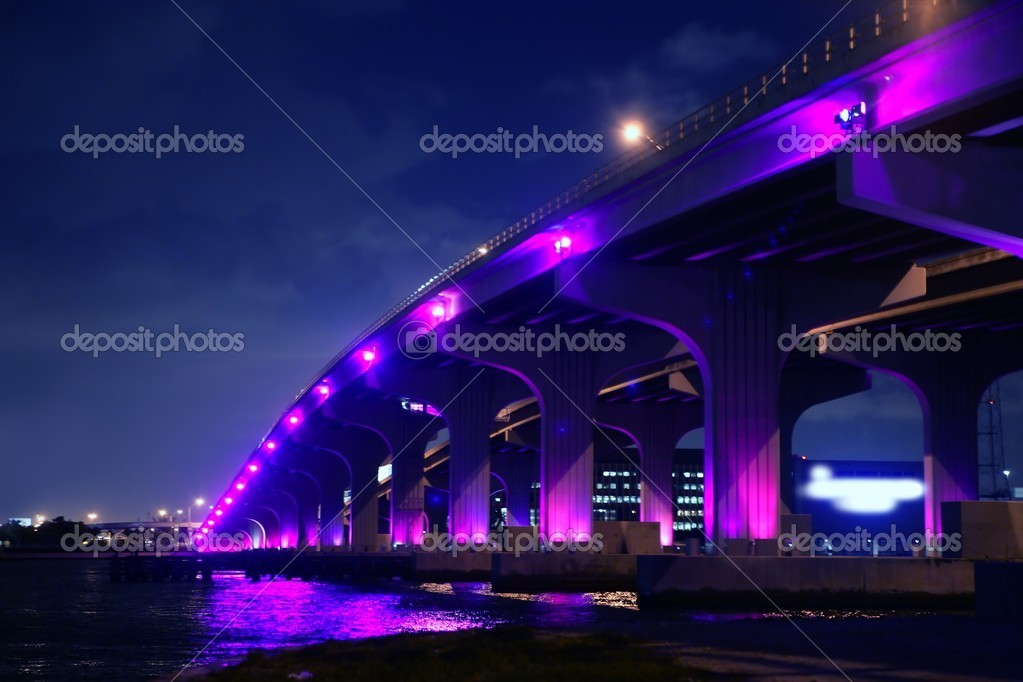 Miami florida bridge night view A1A Mac Arthur Causeway  — Stock Photo #5509347