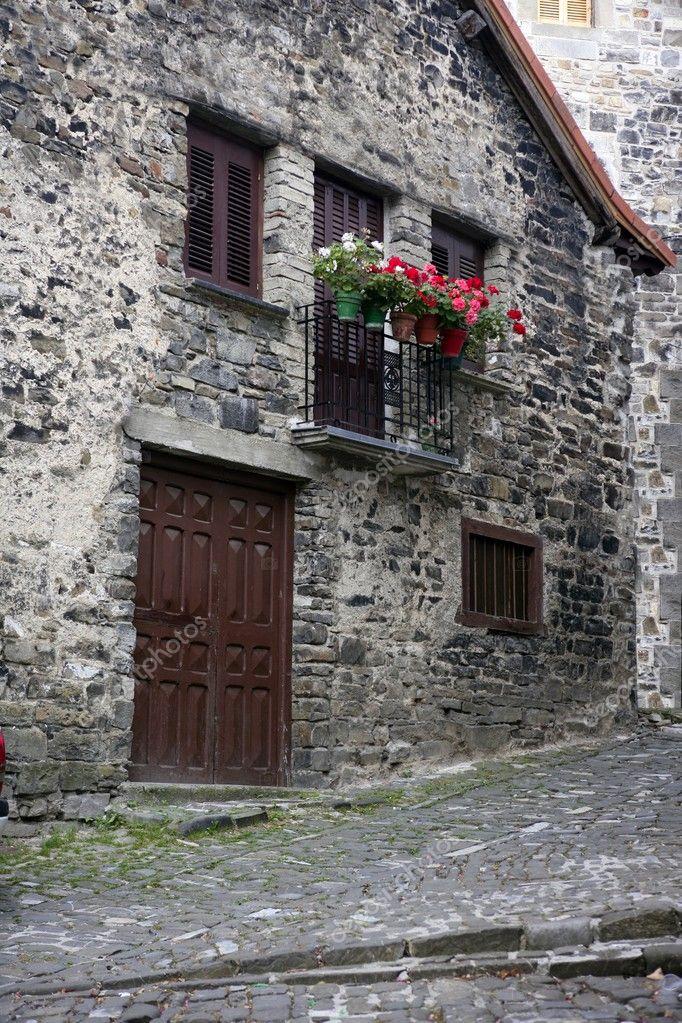 Купить старый дом в испании недорого