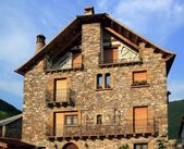 Pyrenees stone houses in Anso valley Huesca — Stock Photo