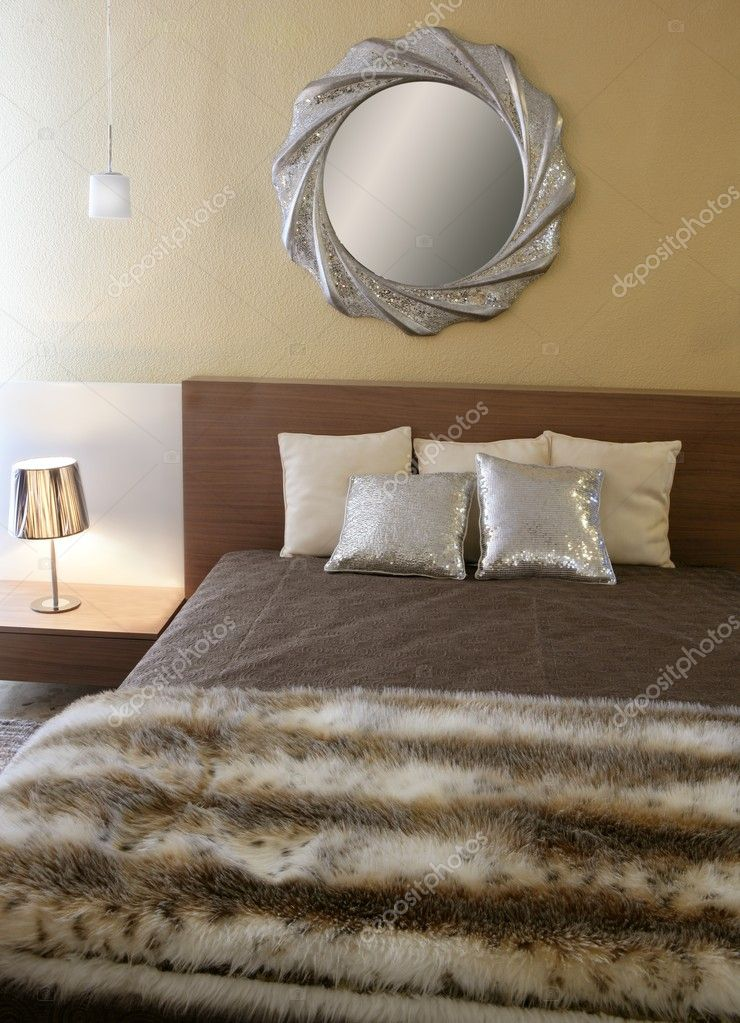 Coperta di pelliccia finta camera da letto moderna specchio ...