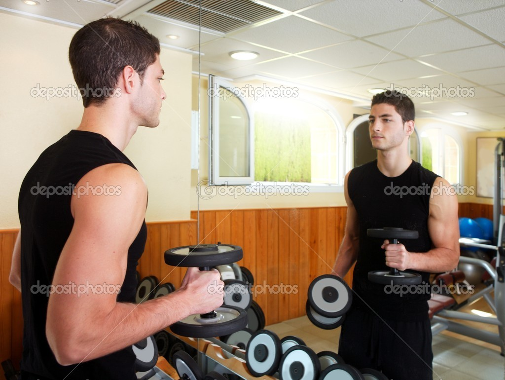 Gym young man posing body building weigths black  — Stock Photo #5512469