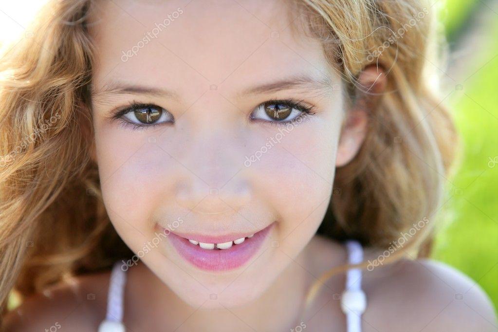 Beautiful little girl portrait smiling closeup fac — Stock Photo ... Vintage Camera Backgrounds