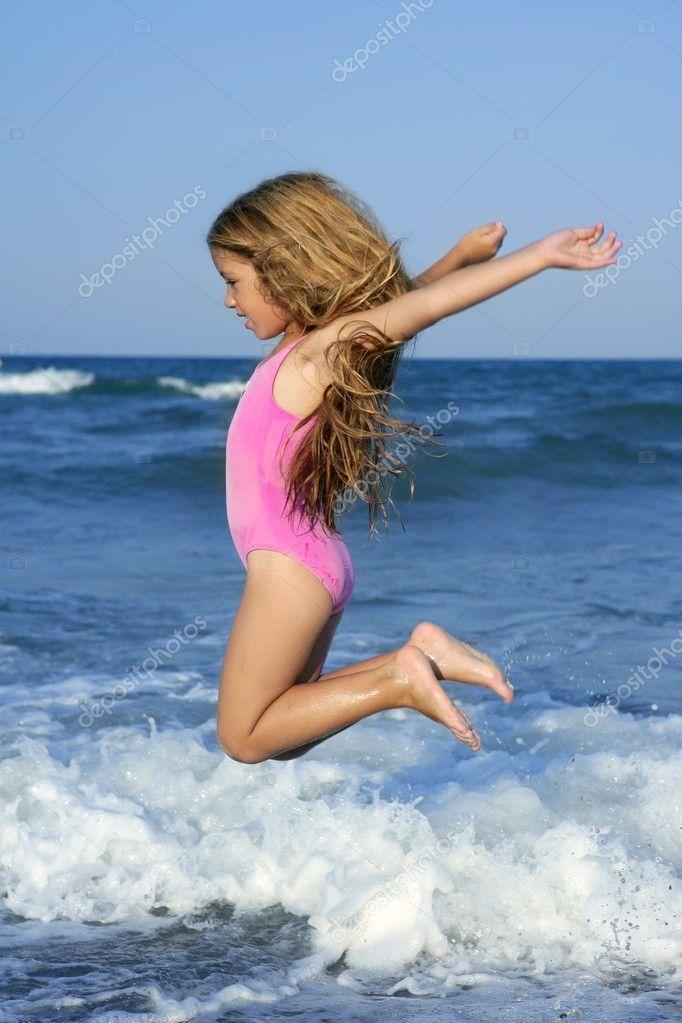 Секс с прыгающей девочкой 11 фотография