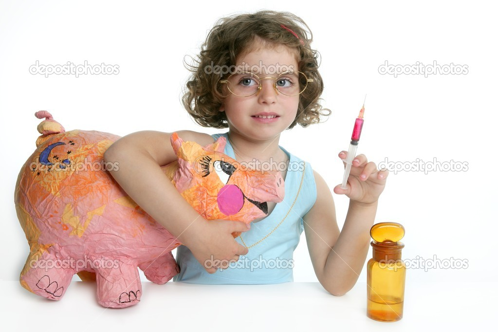 Little girl pretending to be a veterinary with a pig, AH1N1 flu — Stock Photo #5513186