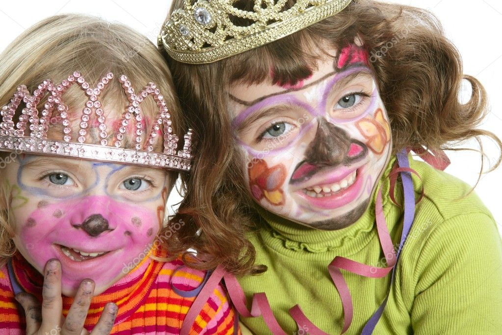 Party little two sisters with painted happy face smiling — Stock Photo #5513559
