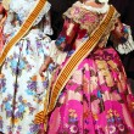 Falleras costume fallas dress detail from Valencia — Stock Photo #5561397