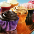 Cupcakes colorful cream muffin arrangement — Stock Photo