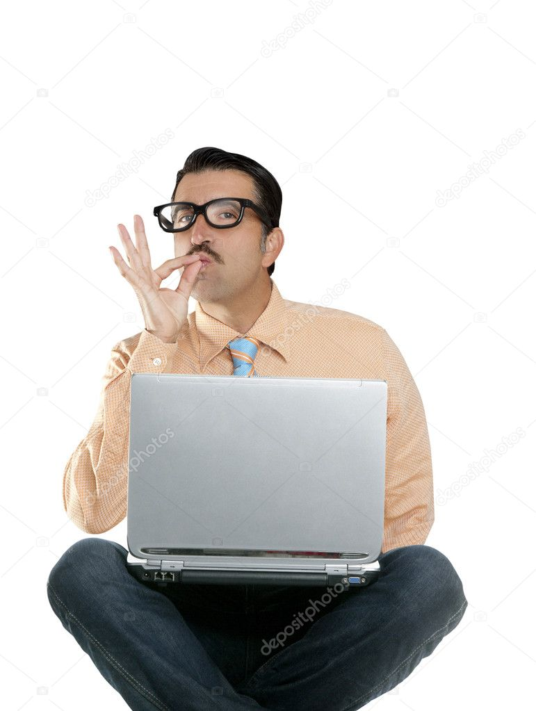 Geek nerd man sit laptop computer ok positive gesture computer genius — Stock Photo #5808792