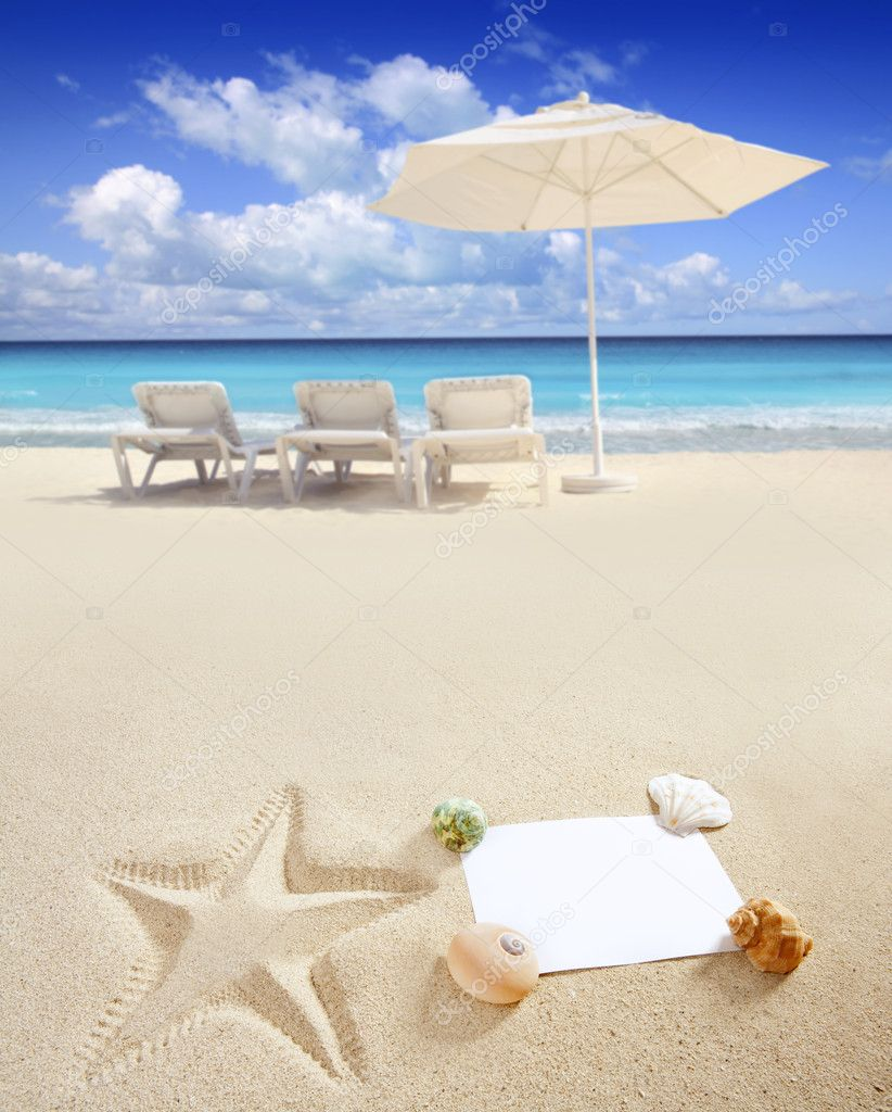 Blank paper on white sand beach with shells and starfish print like a summer vacation concept — Stock Photo #5936377