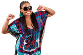 Retrato de uma bela jovem negra dançando — Fotografia Stock