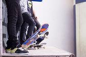Bir boru Skate yatılı — Stok fotoğraf