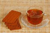 Bir fincan çay ve kurabiye — Stok fotoğraf