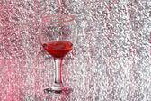 The glass of raspberry liquor — Стоковое фото