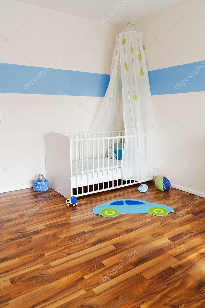 Baby kinderzimmer mit bett — stockfoto © antagonist #5713762