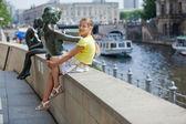 Tourist walking in berlin city. — Stock Photo