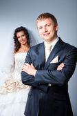 Heureux juste marié mariée et le marié — Photo