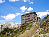 The Kassel Hut in South Tyrol — Stock Photo