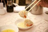 Hong Kong-style tea and snacks — Stock Photo