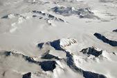 Is, bergen och moln — Stockfoto