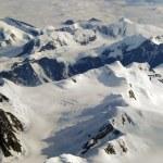 Mountains and snow — Stock Photo