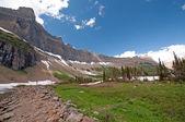 Ledovcové horský hřbet v létě — Stock fotografie
