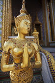 Golden Kinnaree, Thai temple exterior — Stock Photo
