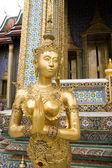 Golden Kinnaree, Thai temple exterior — Stock Photo