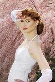 Gelinlik güzel genç kız portresi. açık havada. natu — Stok fotoğraf