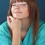 Beautiful woman in oriental robe — Stock Photo #6667233