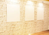 Empty frames on bricks wall in Gallery Interior — Stock Photo