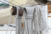 Cordage and pulleys on the old sailing boat — Stock Photo