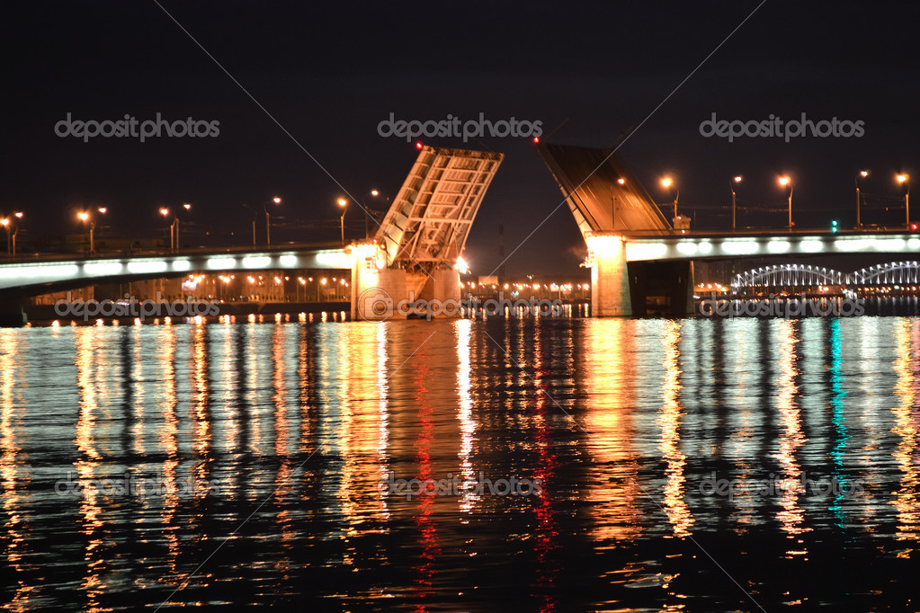 Night view of the St Petersburg, Russia. — Stock Photo #6138419