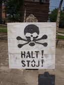 Warning sign in Auschwitz — Stock Photo