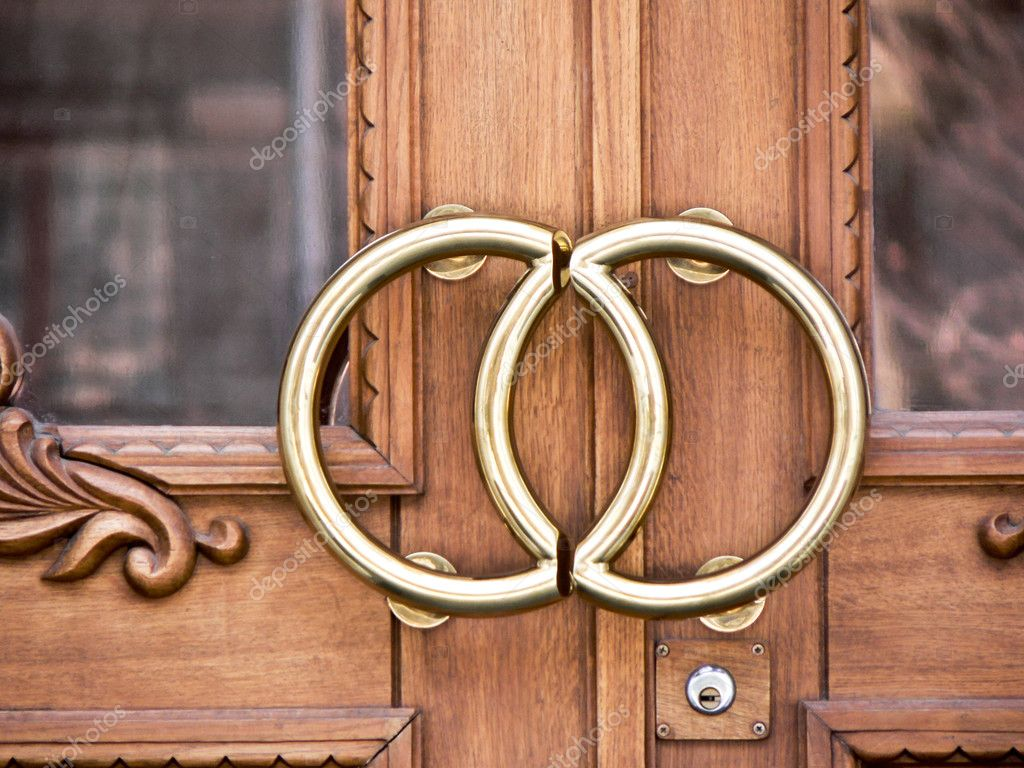 Wedding office door with rings — Photo #5417006