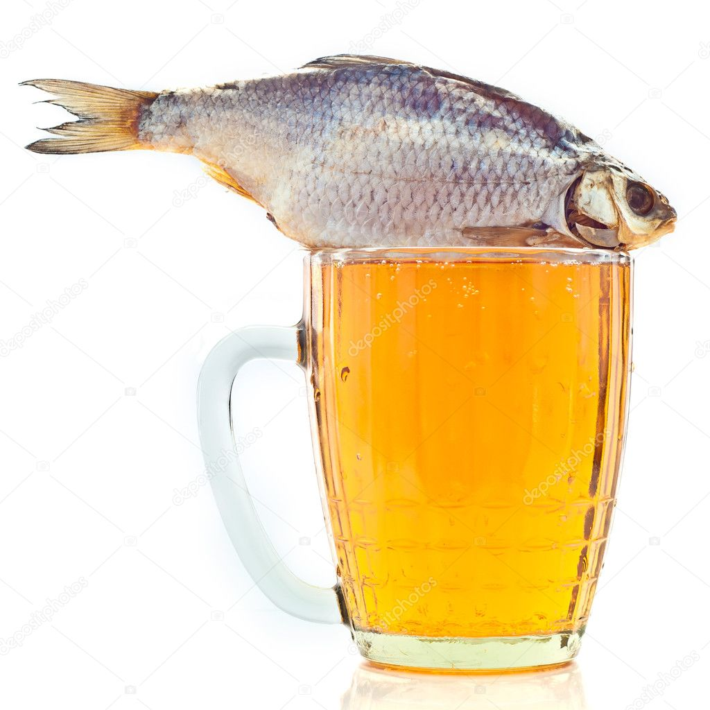 Salted fish on a beer mug stock photo gorielov 6147501 for Fish and beer