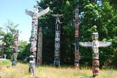 Totems at Stanley Parkt — Stock Photo