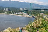 Lions Gate Bridge in Vancouver — Stock Photo