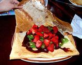 Erdbeer-kiwi-krepp — Stockfoto
