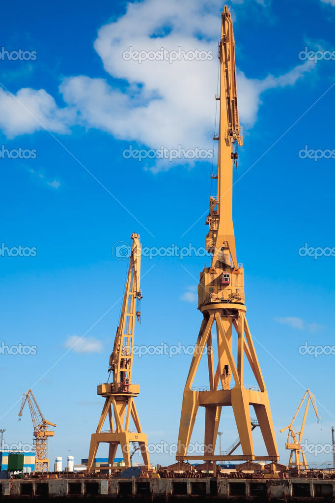 Cranes of the dockyards of Cadiz  Stock Photo #5405642