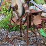 Antique Grinding Wheel (Sharpening Stone) — Stock Photo