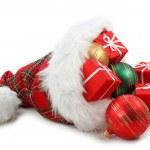 Kerstman hoed met kerstcadeaus — Stockfoto