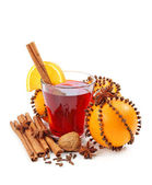 Winter drink with oranges and cloves — Stock Photo