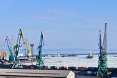 商業港は氷の上 — ストック写真